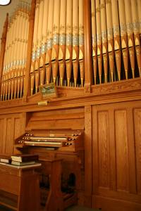 A majestic vintage pipe organ graces Immanuel's balcony.