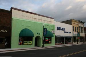 So what do you think? Should Mariano Perez repaint his bakery a subtler green?