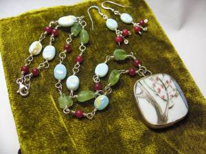 Artist Christina Thorne makes one-of-a-kind jewelry using stone and other natural elements.