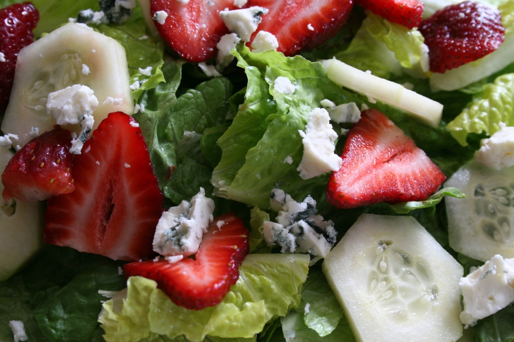 Sliced strawberries, cucumbers and Amablu Gorgonzola cheese added to Romaine lettuce made a perfect salad. I topped the salad with lemon poppyseed dressing.