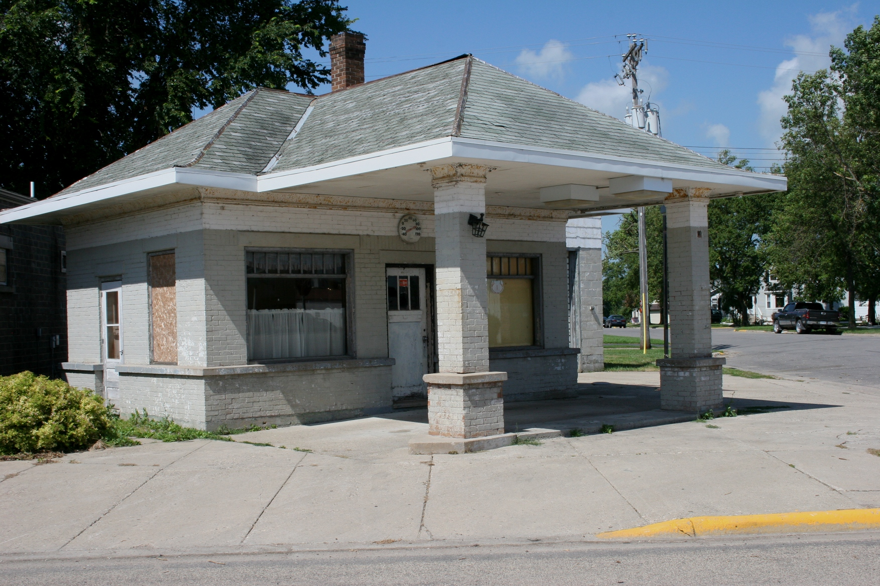 Belview Old Gas Station Minnesota Prairie Roots