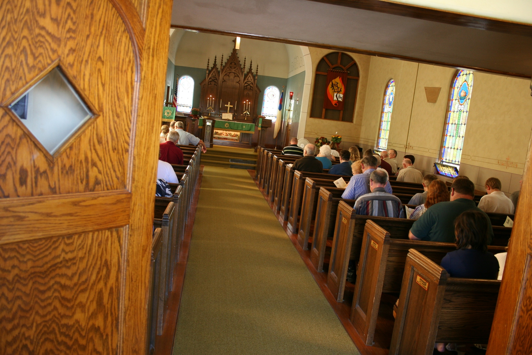 Small Church Sanctuaries Designs