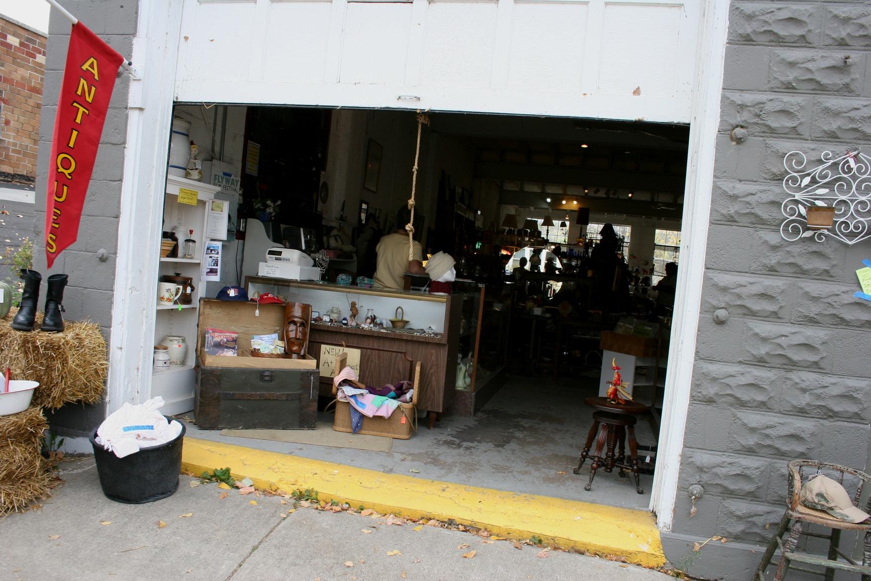 Antique Shop Minnesota Prairie Roots