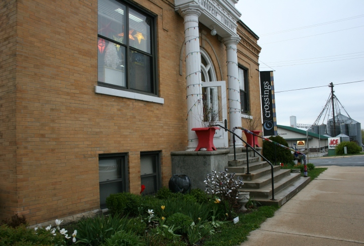 Crossings at Carnegie, housed in a former Carnegie library, is a privately-owned cultural visual and performing arts center in Zumbrota. I love the rural atmosphere with the hardware story and grain elevator just down the street.