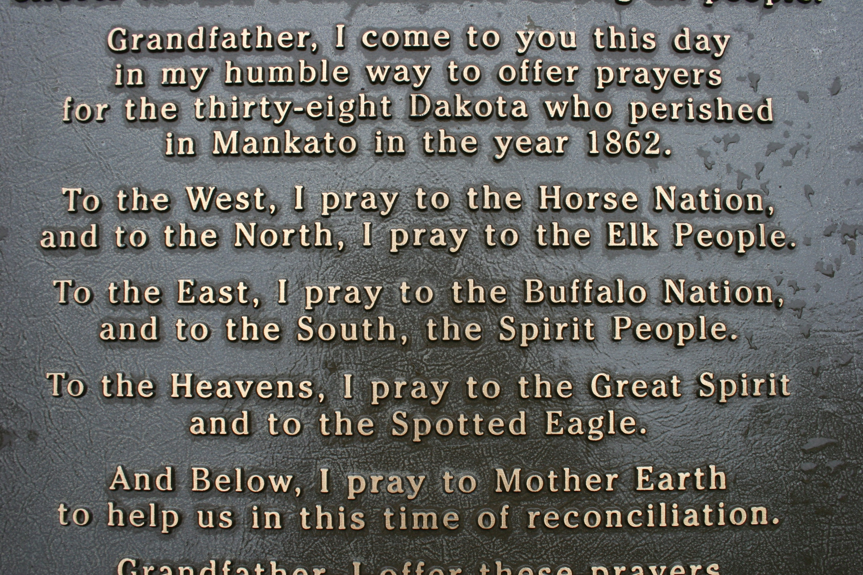 "dakota war The dakota leader little crow then led his ""enraged and starving"" tribe in a  series of attacks on frontier settlements the ""us-dakota war"" didn't."