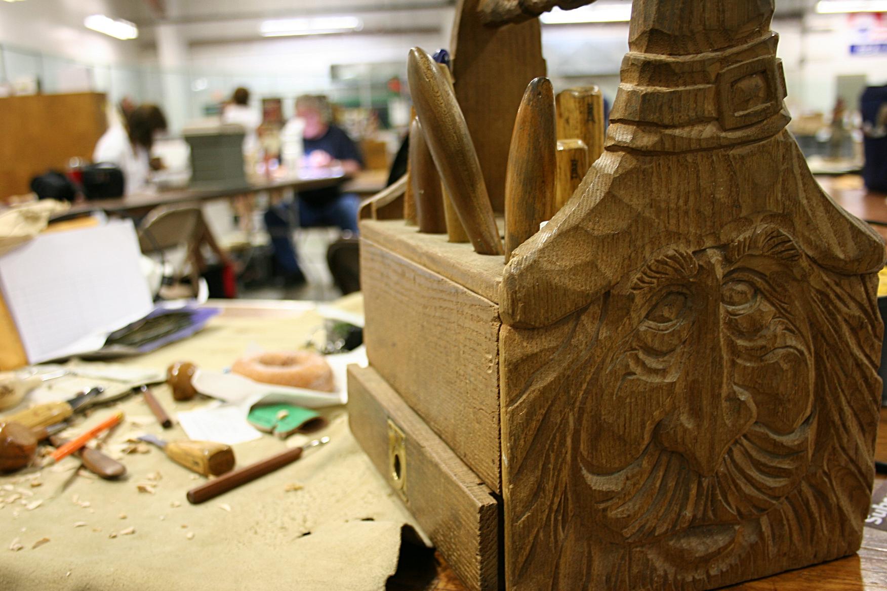 Pdf wood carving tool box plans diy free balsa glider