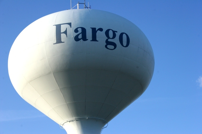 This water tower is located in West Fargo, an area of shopping malls, restaurants, Big Box stores, hotels, etc.