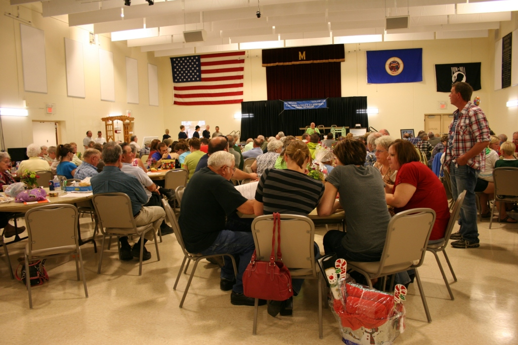 The crowd of bidders at the annual CVLHS auction.