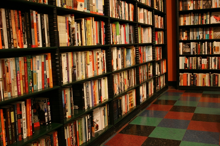 A snippet of the many bookshelves at Zandbroz Variety, So artful.
