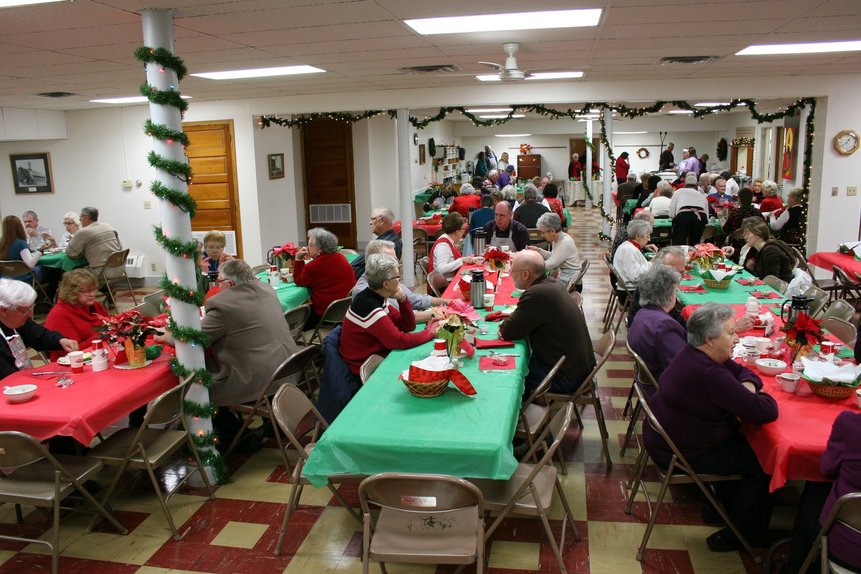 Volunteers expected to serve around 225 diners at the free Community Christmas Dinner. A free will offering could be given.