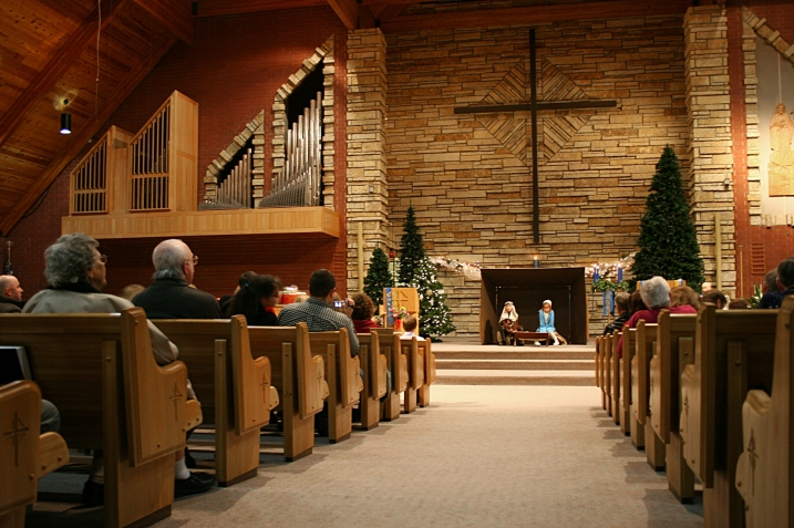 Sunday School students at Trinity Lutheran Church, Faribault, present the Christmas story Saturday evening.