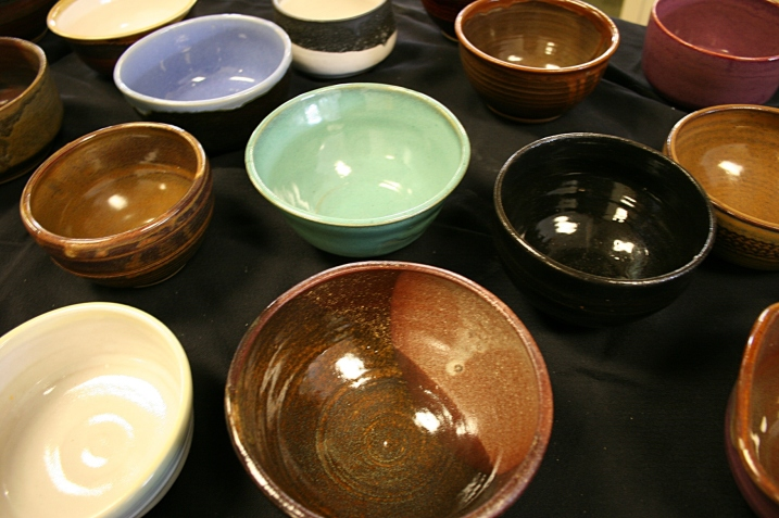 A few green bowls sat among the mostly brown and blue ones.