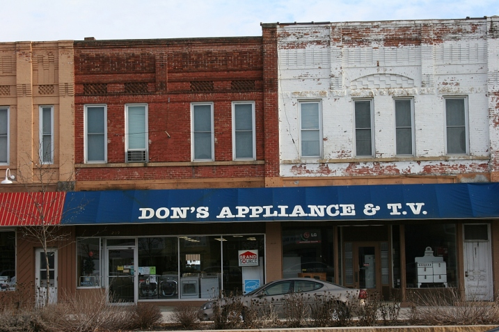 A snippet of downtown St. Peter, along Highway 169.