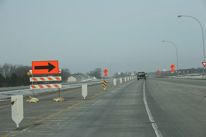 Entering the construction zone, westbound on Highway 14 in North Mankato.