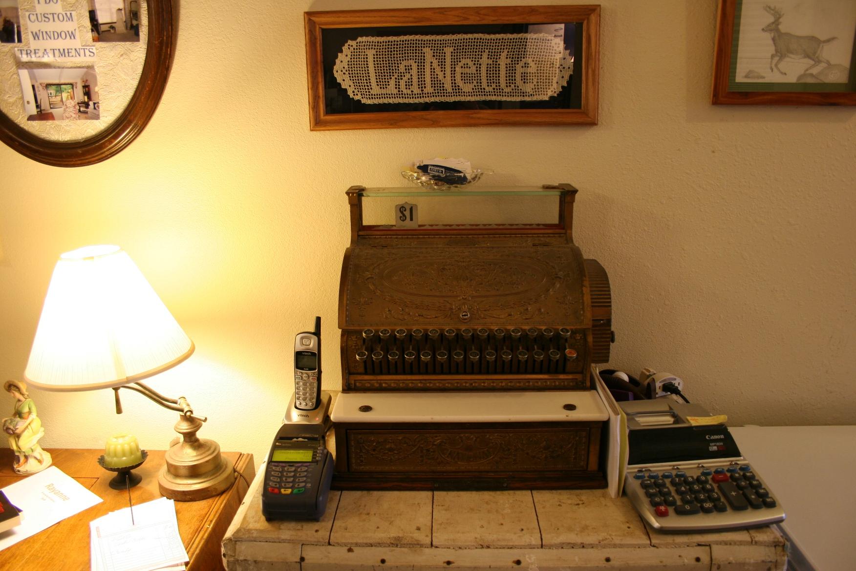 LaNette's delightful vintage cash register.