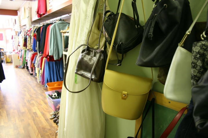 A nice selection of purses at the Bird's Nest.