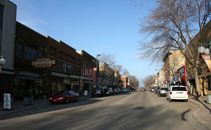 A snippet of Fergus Falls' downtown.