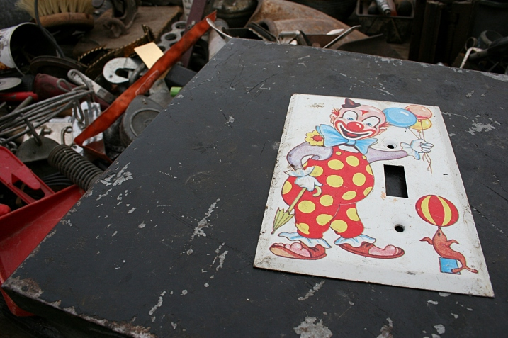 Market, clown switch plate