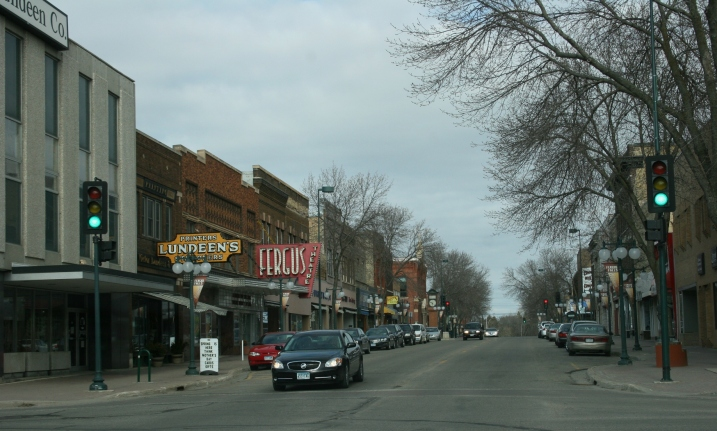 The block of downtown Fergus Falls in which Victor Lundeen Company and Fergus Theatre are located.