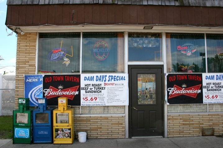 The Old Town Tavern advertises its Dam Days specials. Great place to eat.
