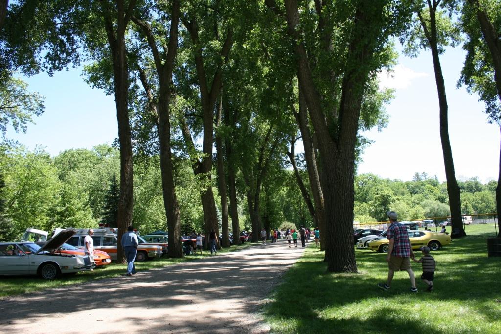 An idyllic car show setting in Faribault's TeePee Tonka Park.