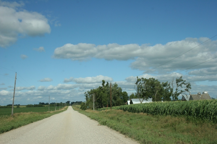 Driving the state line road to Gretchen and Colin's rural southwest Minnesota home.