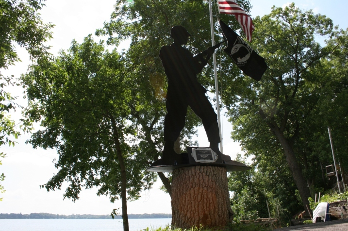"The ""American Joe"" memorial was crafted by metal artist Kirk Mansfield, who ""sits at a computer all day"" in his professional career,"