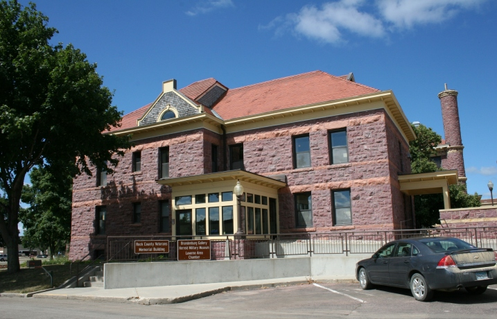 The entry to the gallery, located in the Rock County Courthouse square.