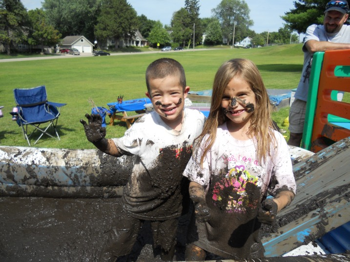 Billie Jo tells me that clean-up lasted longer than the party. Here Braxton and Nevaeh pose. Photo courtesy of Billie Jo.