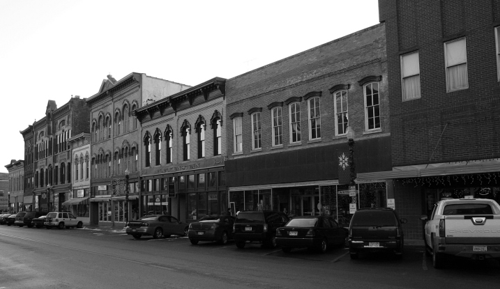 Central Avenue in downtown Faribault. Minnesota Prairie Roots file photo.
