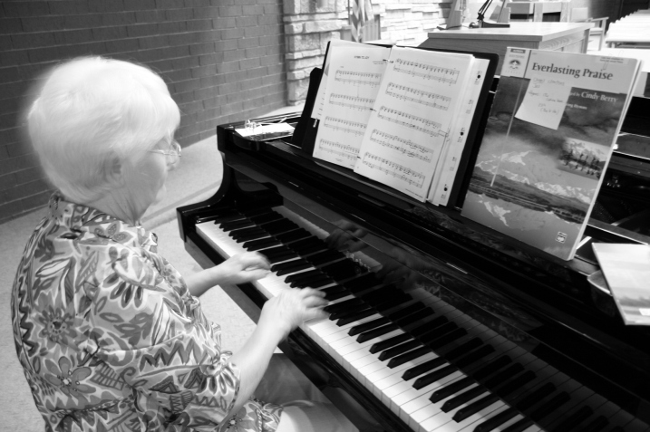 Barb, the pianist, practices.