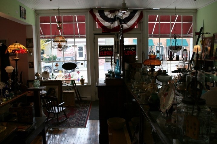 Looking toward the front the antique shop.