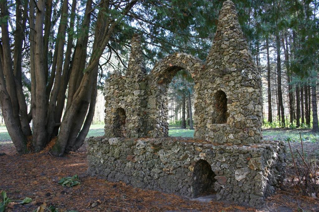 Sculpture, castle