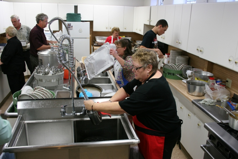 Volunteers hard at work in the kitchen. Minnesota Prairie Roots file photo.