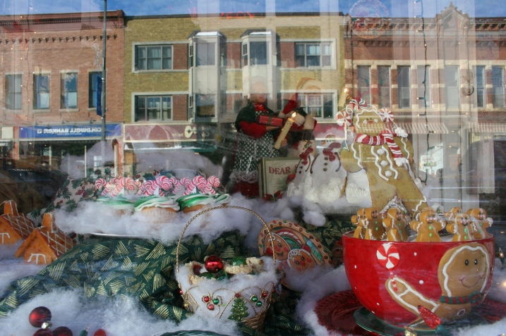 Another view of that bakery window.