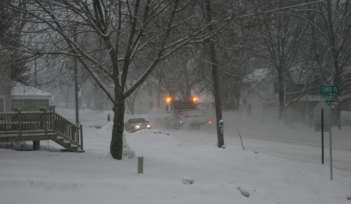 Snow has been falling at a steady pace in Faribault for several hours as shown in this image from my neighborhood.