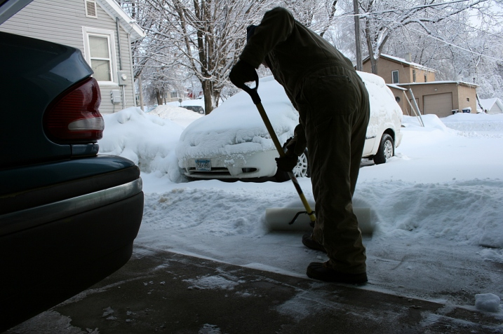 Randy opened the garage door this morning to begin the task of snow removal, phase II.