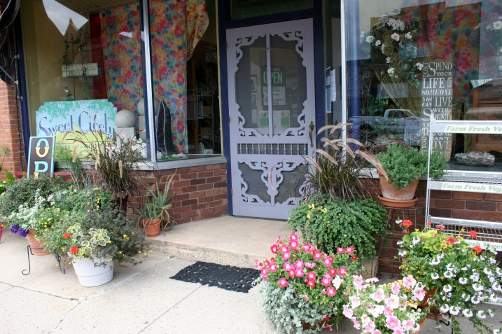The visually welcoming Sweet Cicely, a boutique offering fine gifts and natural health products.