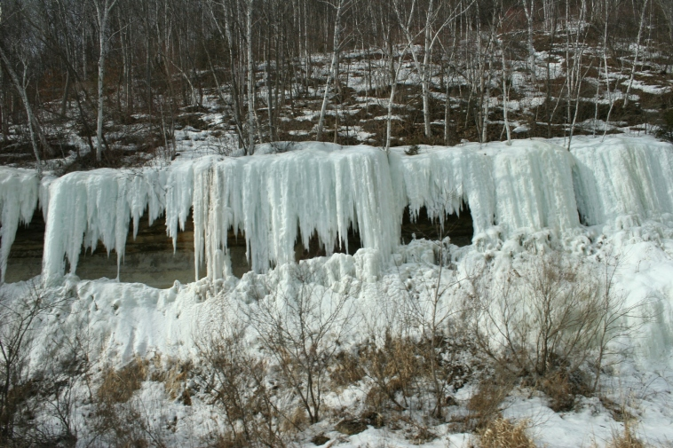 Ice formations by La Crosse 4