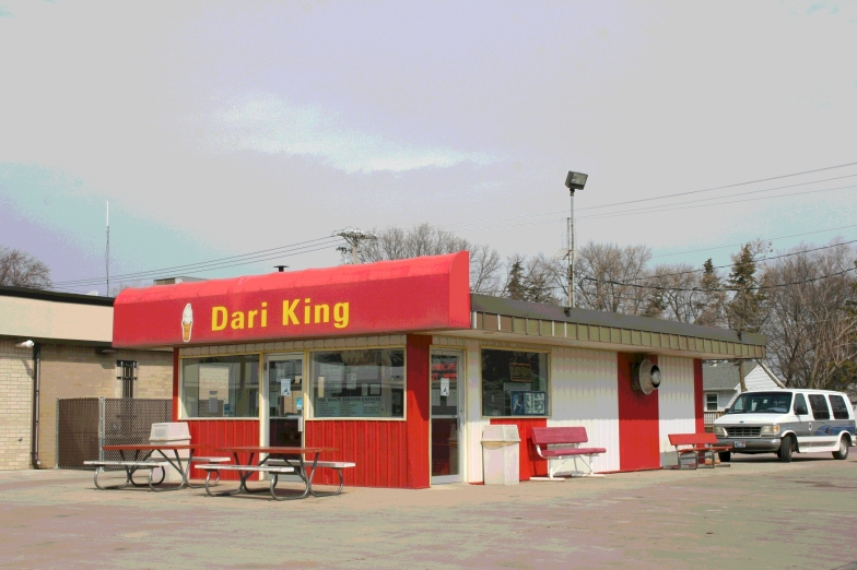 Dari King in Redwood Falls