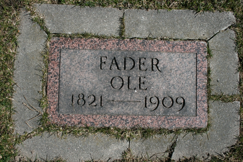 A simple grave marker in the Urland Lutheran Church Cemetery.