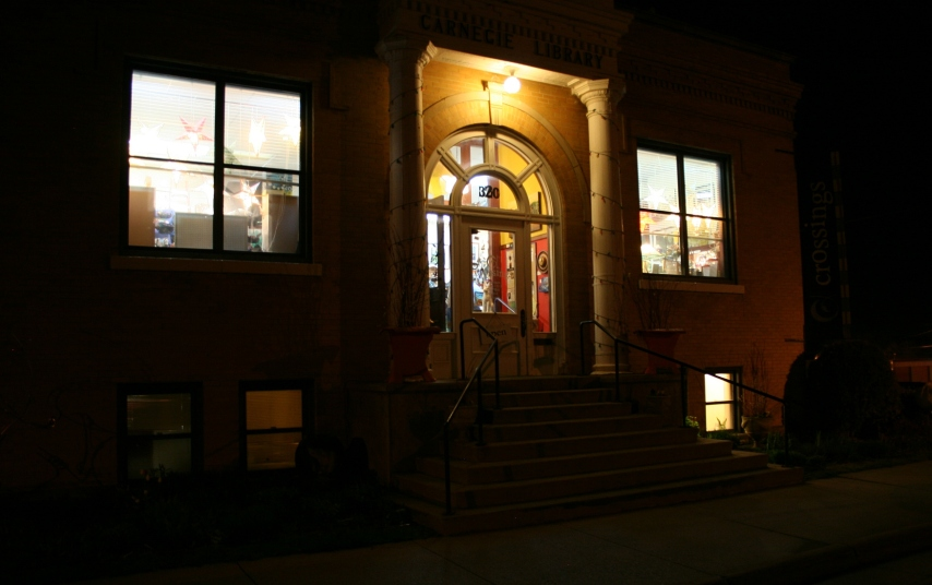 Leaving Crossings at Carnegie, I snapped this image of the former Carnegie library.