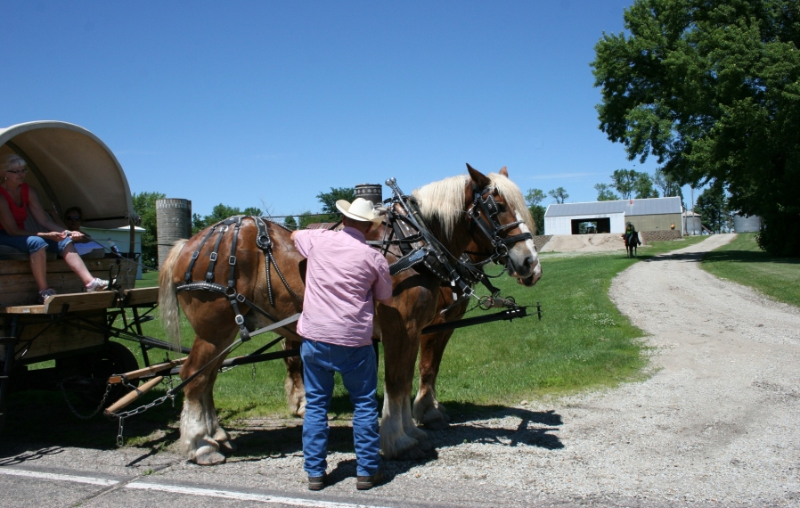 A Wagon Train participant readies to leave Otisco.