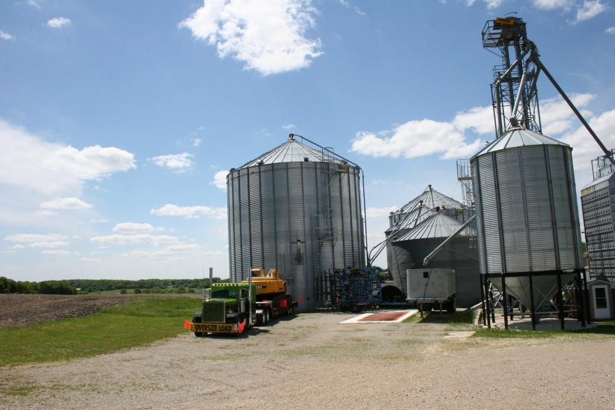 Sunday drive, grain complex