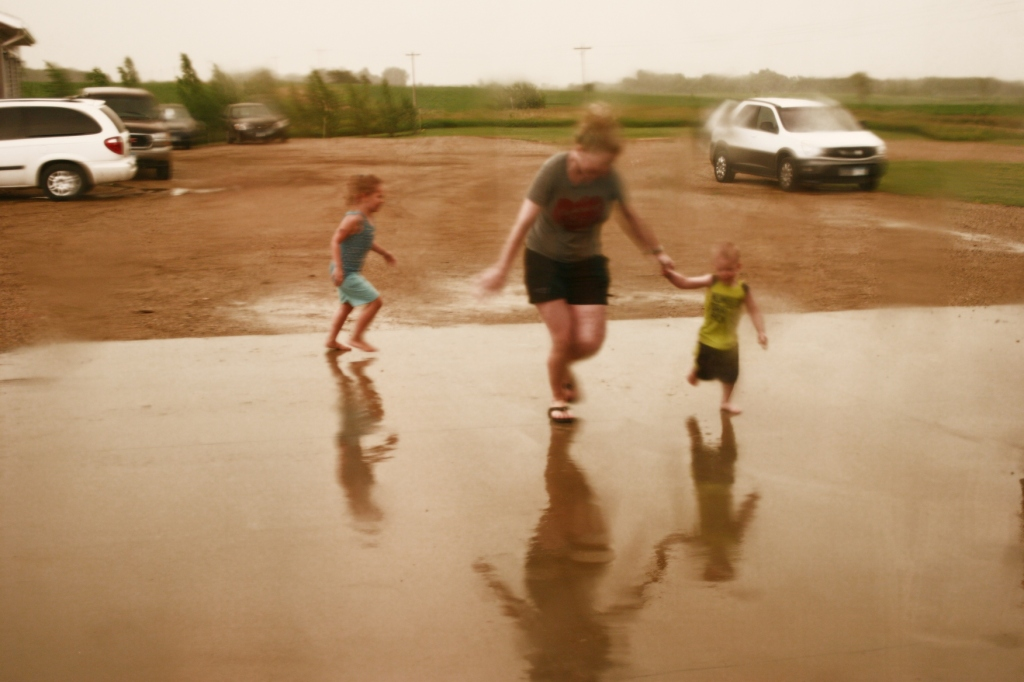 I shot this of my great nephew and his mom and my great niece running back to the garage.