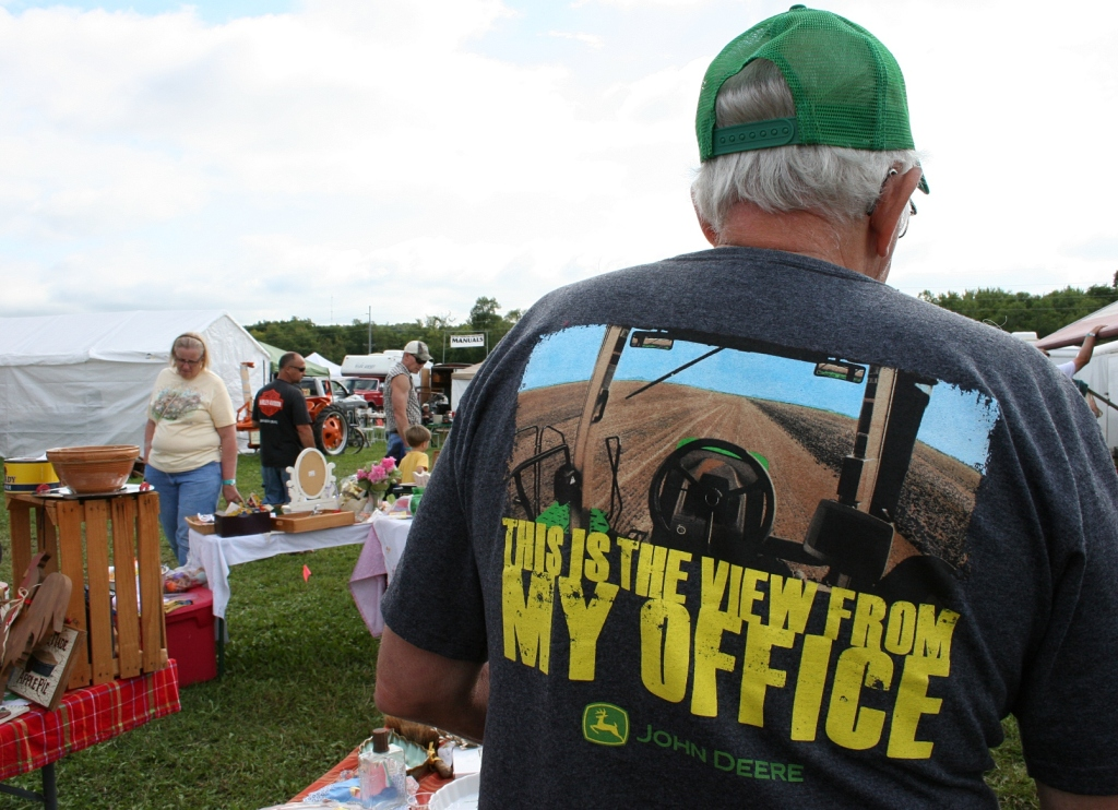 My favorite t-shirt of the day. The show presents a rural fashion statement.
