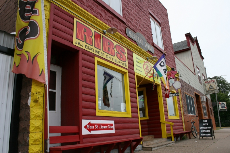 You can't miss the vibrant exterior of B & B Barbeque in Nelson, Wisconsin.