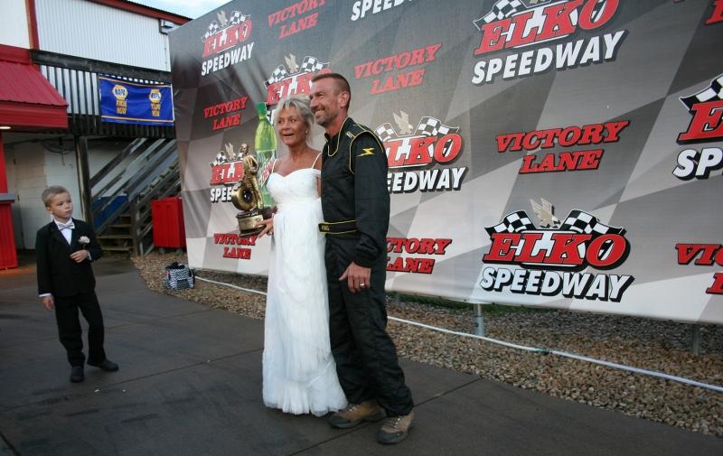 Elko Speedway, couple