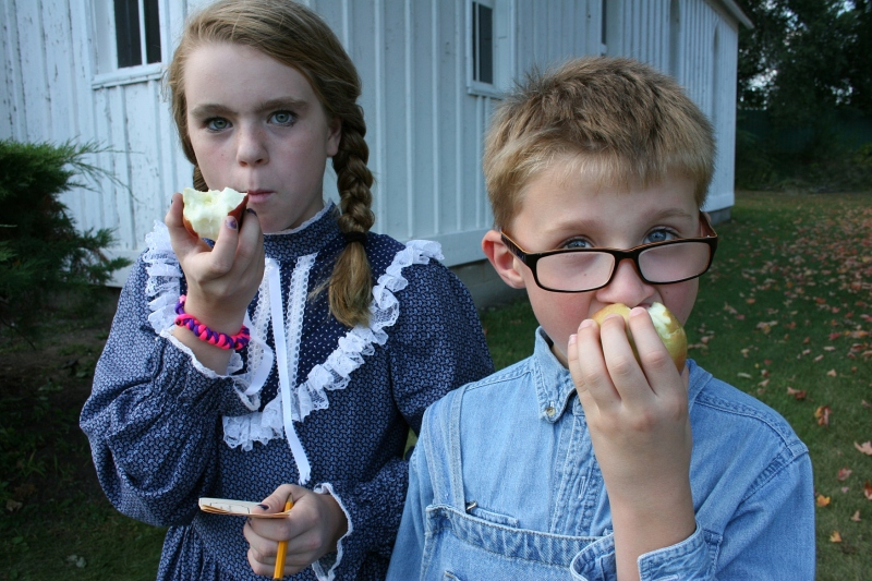 Kaylee and William (AKA Katie and Jim for the evening) raved about the apples.