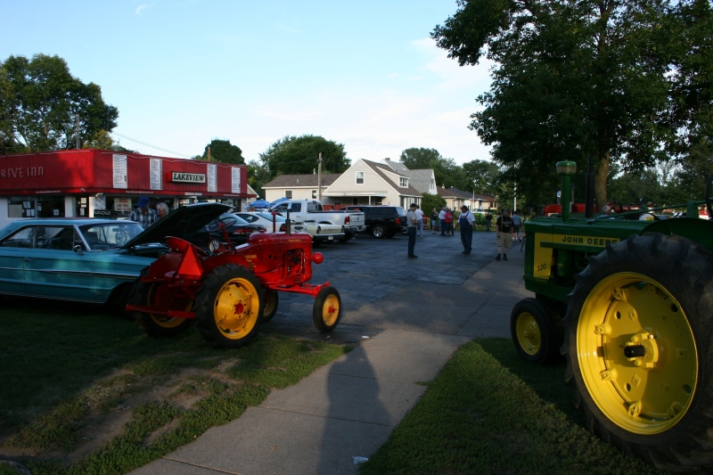 One view of Farm Tractor Night.